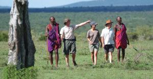 Africa-Kenya-Maasai-Hiking-2-walking